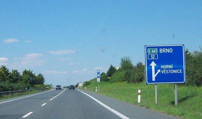 Silnice I/52 bude nadále tvořit základ silničního spojení z Brna do Rakouska