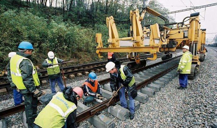 SKANSKA ŽS - modernizace železniční trati v úseku Červenka - Záhřeb na Moravě