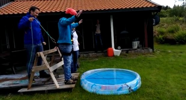 Krutá sranda: Falešný bungee jumping!
