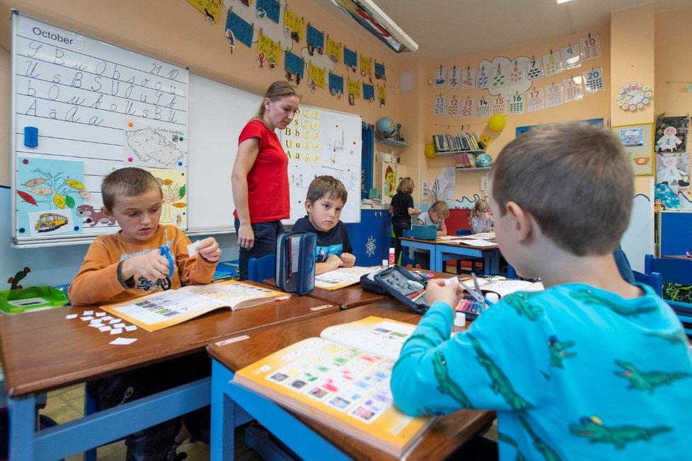 Výuka žáků v soukromé základní škole Sion v Mandysově ulici v Hradci Králové (21. 10. 2021)