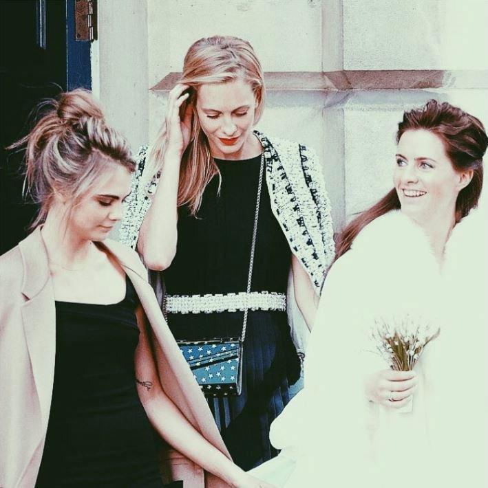 Cara, Poppy a Chloe Delevingne