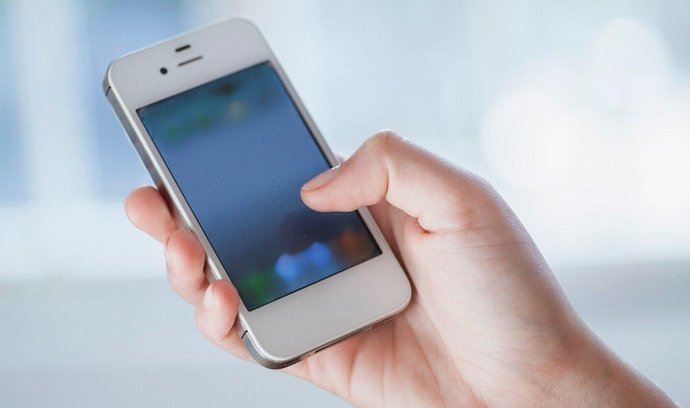 smartphone, operátoři