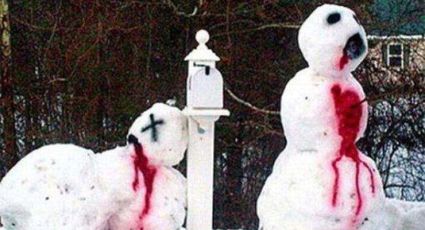 10 nejlepších a nejšílenějších sněhuláků