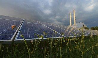 Jak solárníci přicházejí o naděje. Opozice vpodpoře fotovoltaiky tahá za kratší konec