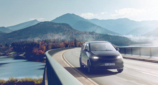 Sono Sion: Auto na sluneční pohon pro každého