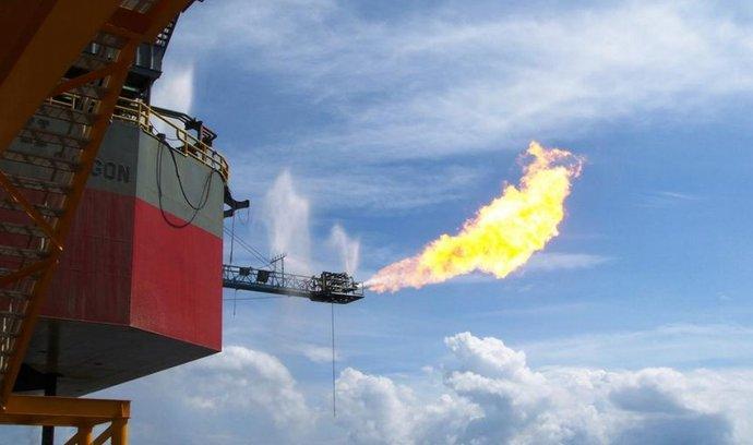 Spalování plynu uvolněného při těžbě ropy