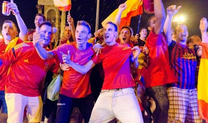 Španělští fanoušci, ilustrační foto