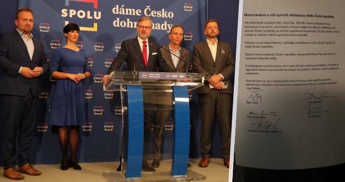 Volby 2021 a koalice Spolu a PirStan: Zleva Marian Jurečka (KDU-ČSL), Markéta Pekarová Adamová (TOP 09), Petr Fiala (ODS), Ivan Bartoš (Piráti) a Vít Rakušan (STAN)