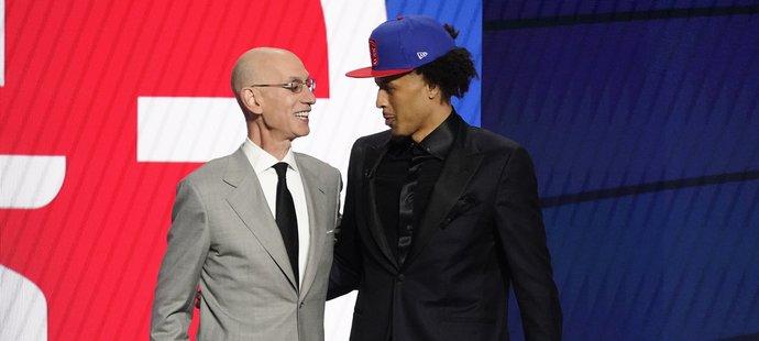 Jedničkou draftu basketbalové NBA se stal rozehrávač Cade Cunningham, kterého si vybral Detroit