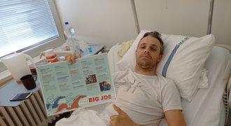 Žokej Bartoš po operaci z nemocnice: Cítil jsem, že je zle. Teď nemůžu nic