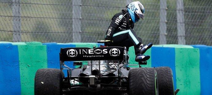 Valtteri Bottas spustil hromadnou kolizi