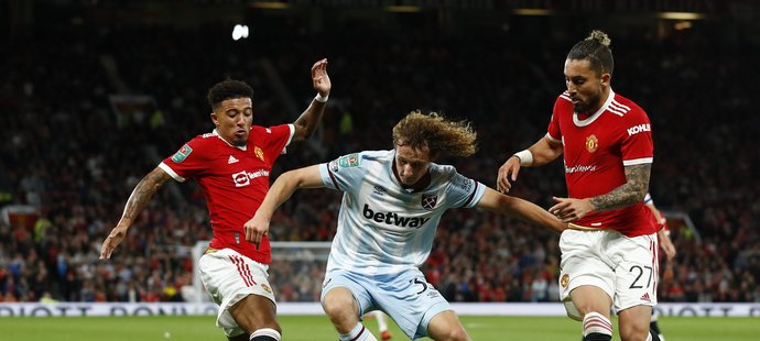 Alex Král proti Manchester United