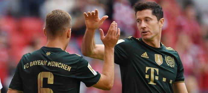 Fotbalisté Bayernu Mnichov deklasovali v 5. kole německé ligy na svém hřišti nováčka Bochum 7:0.