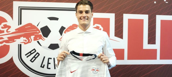 Český útočník Patrik Schick zamířil z AS Řím na hostování do RB Lipsko.