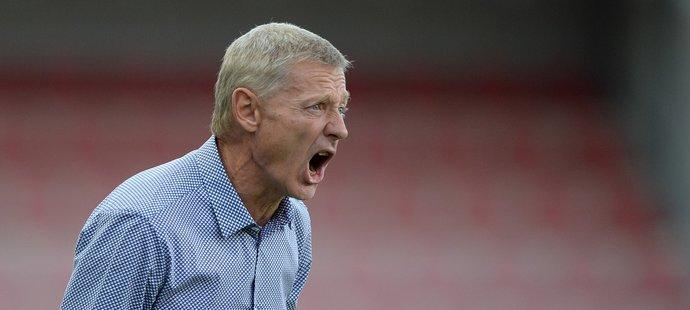 Sparťanský trenér Zdeněk Ščasný při duelu se Slováckem