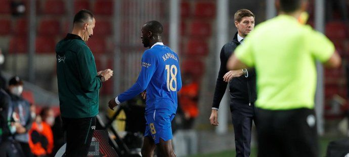 UEFA reaguje na stížnost Rangers, bučení na Kamaru bude vyšetřovat