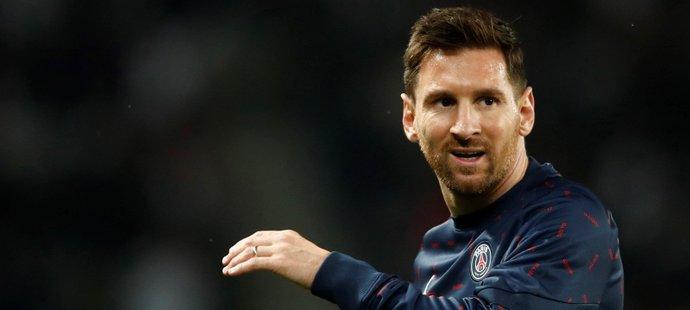 Lionel Messi ve svém prvním utkání za PSG na domácím hřišti proti Lyonu