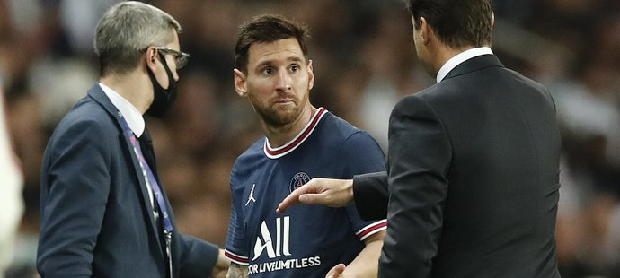 Lionel Messi nebyl se střídáním úplně spokojený