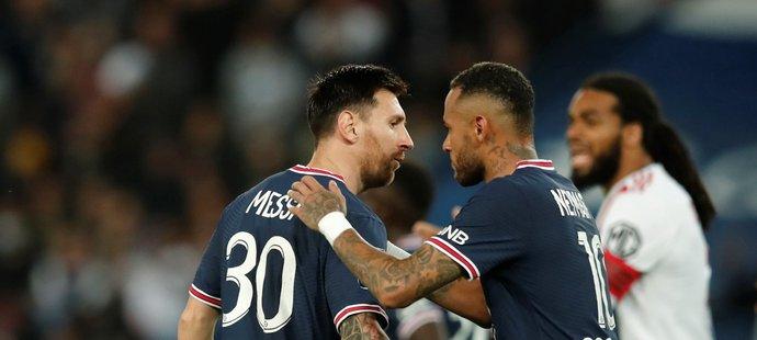 Lionel Messi a Neymar v utkání proti Lyonu