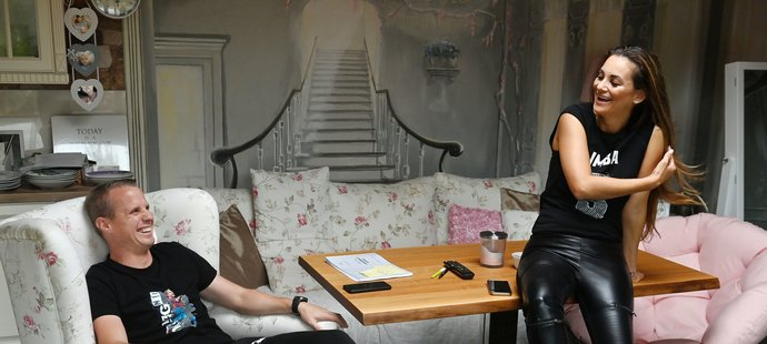 David Limberský a jeho manželka Lenka v jejich domě nedaleko u Plzně
