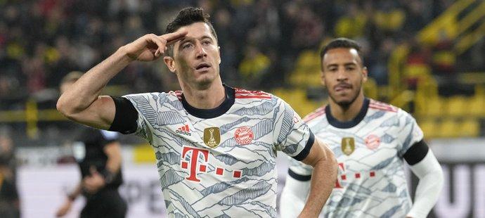 Robert Lewandowski dvěma góly zařídil Superpohár pro Bayern