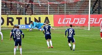 VIDEO: Pardubice - Zlín 0:0. Čekání na výhru trvá, Cadu nedal penaltu
