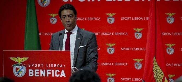 Legendární portugalský záložník Rui Costa po zvolení prezidentem Benfiky Lisabon