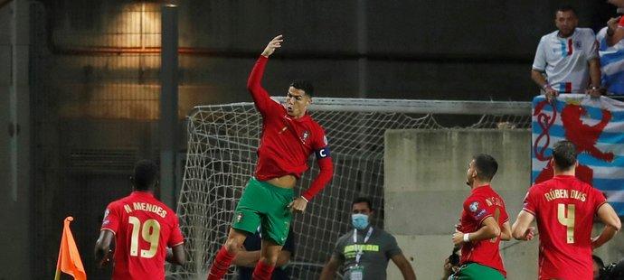 Cristiano Ronaldo vstřelil proti Lucembursku hattrick, svůj jubilejní desátý za Portugalsko