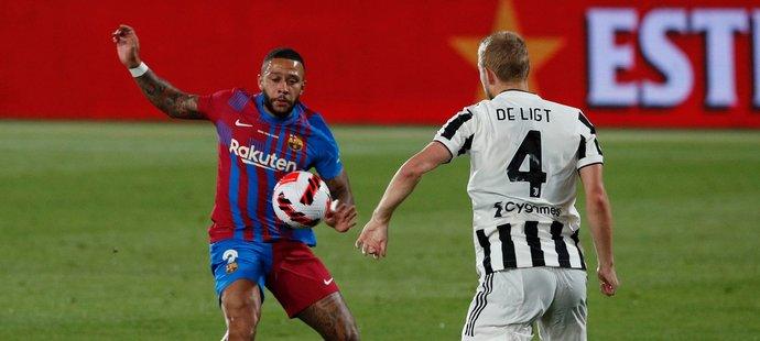 Memphis Depay v předsezonním zápase s Juventusem