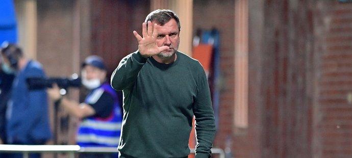 Trenér Sparty Pavel Vrba během utkání ve Zlíně