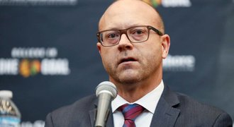 Přestupy NHL ONLINE: Třesk v Chicagu! Končí GM Bowman