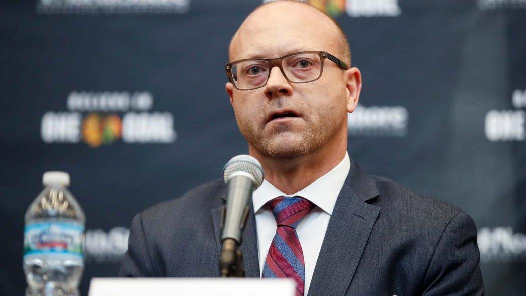 Dlouholetý generální manažer Chicaga Stan Bowman byl odvolán z funkce