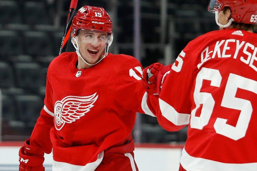 Jakub Vrána se vyhnul arbitráži NHL, s Detroitem podepsal smlouvu na tři roky
