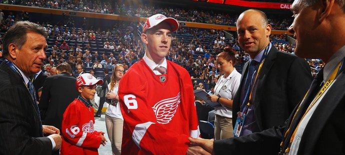 Filip Hronek byl 2. nejvýše zvoleným Čechem draftu NHL 2016