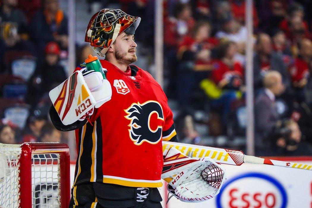 Davidu Rittichovi přibyl v Calgary další konkurent. Poté co odešel Cam Talbot a Flames po otevření trhu s volnými hráči sáhli po Jacobu Markströmovi z Vancouveru, získali také Louise Domingueho.