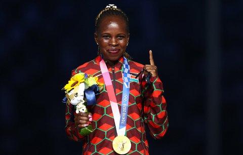 Peres Jepchirchirová z Keni získala zlato v maraton žen