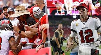 Krásné gesto fanouška v NFL. Vrátil míč, který mu mohl vydělat miliony