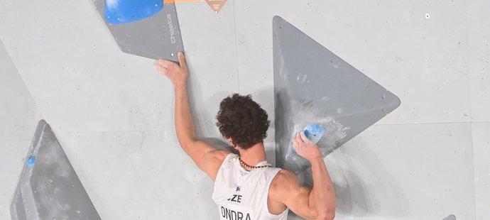 Výborné představení Adama Ondry při kvalifikaci boulderingu