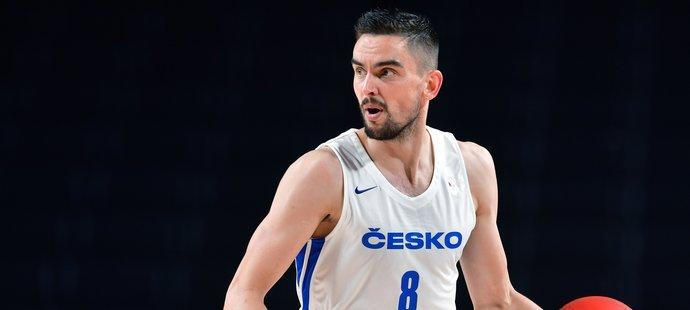 Čeští basketbalisté prohráli důležitý zápas s Francií o 20 bodů