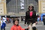 Skákací brusle se hodí pro děti i dospélě - užijete si s nimi spoustu legrace