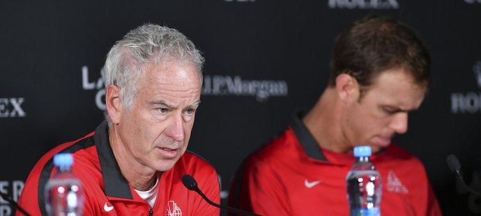 John McEnroe je kapitánem týmu světa