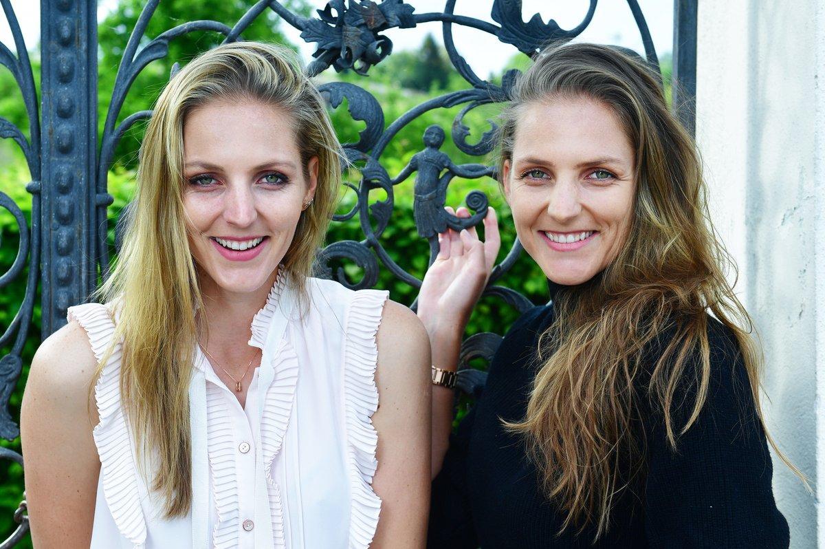 Slavné sestry Kristýna (vlevo) a Karolína Plíškovy