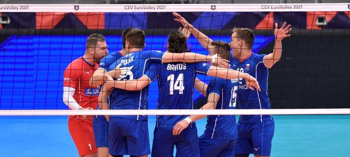 Čeští volejbalisté po úspěšné výměně ve čtvrtfinále ME proti Slovinsku