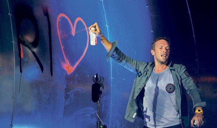 EMI kvůli sloučení s Universal Music přijde například o kapelu Coldplay. Na snímku zpěvák Coldplay Chris Martin
