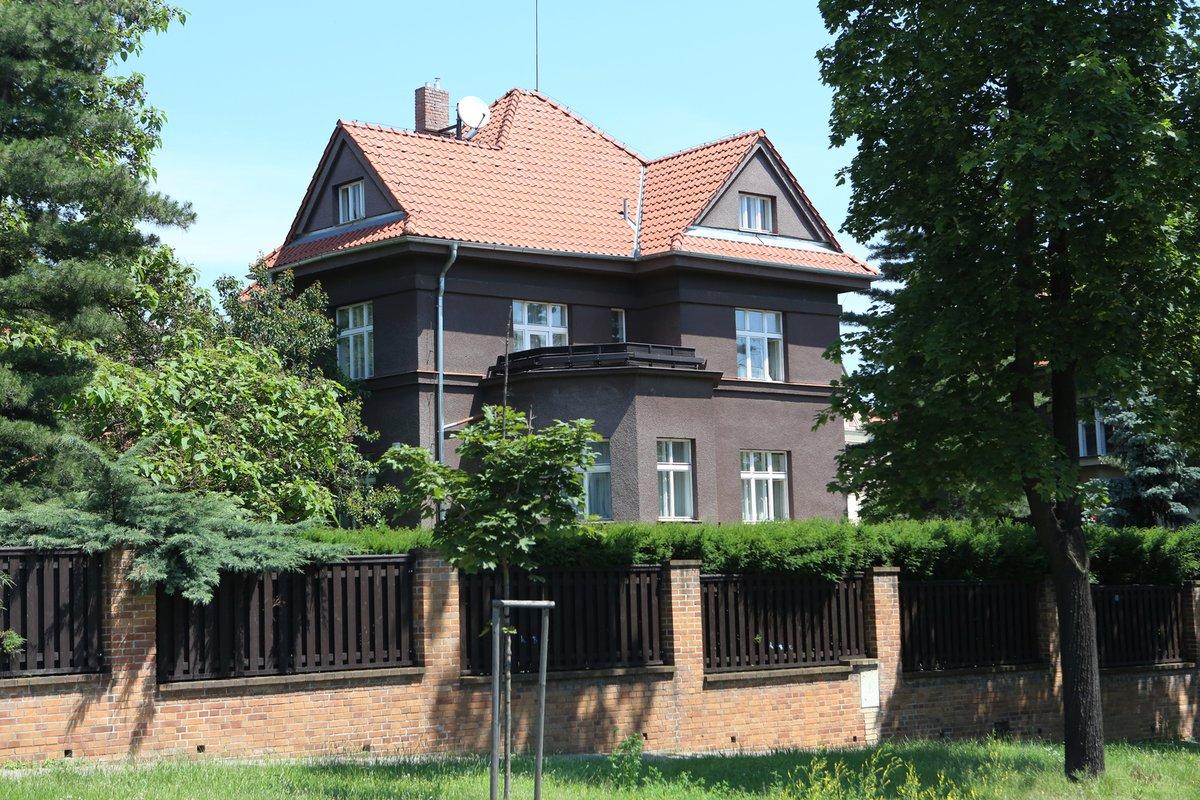 Vilu na pražských Vinohradech dohodil Felixovi a Dádě otec obou Štaidlů.