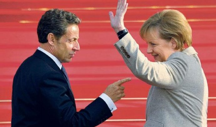 """Strategie pro jednání. Jednání francouzského prezidenta Nikolase Sarkozyho s německou kancléřkou Angelou Merkelovou se ve francouzském Deauville stalo předehrou ke třístrannému summitu, který státníci včera večer zahájili spolu s ruským prezidentem Dmitrijem Medveděvem. Sarkozy a Merkelová mají často rozdílné strategické vize, jak to ukázala probíhající diskuze o protiraketovém deštníku NATO v Evropě, proto si """"sjednocovali názory"""". Klíčovým tématem třístranné schůzky bude bezpečnost."""