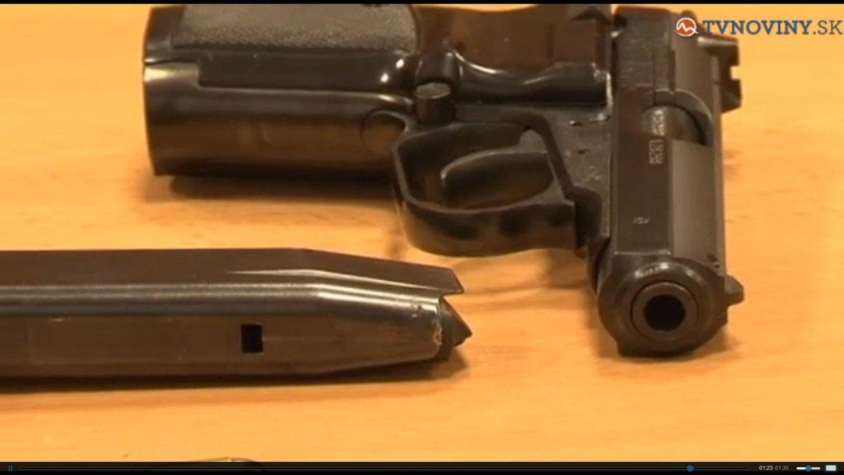 Z podobné zbraně se střílelo.