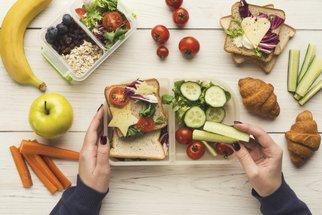 Aby svačiny neskončily v koši aneb jak zabránit plýtvání jídlem