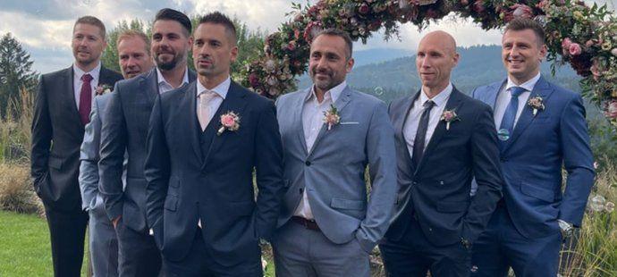 Hokejista Jiří Tlustý se pochlubil fotkou z Plekancovy svatby