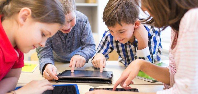 4 využitia smartphonu a tabletu na učenie